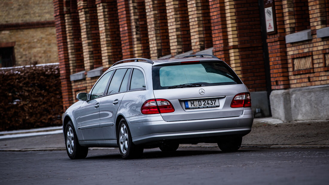 Mercedes-Benz E 280 CDI T, Exterieur