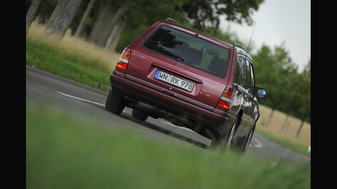 Mercedes-Benz E 280 T, Heck