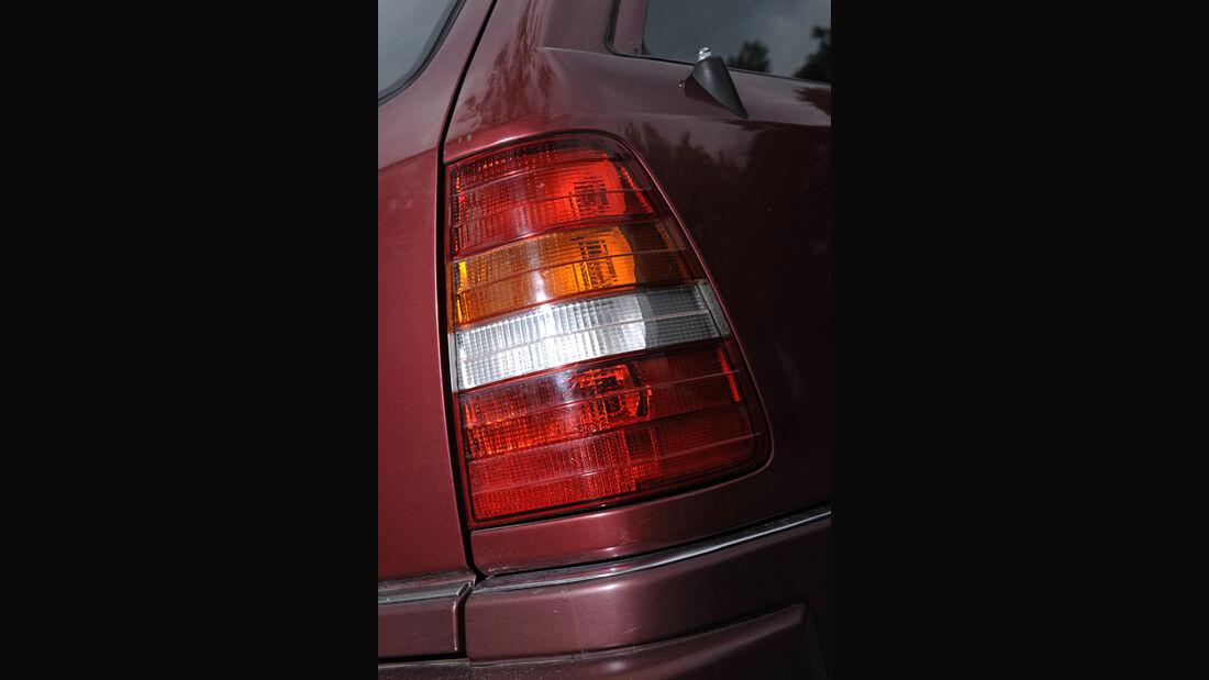 Mercedes-Benz E 280 T, Rücklicht