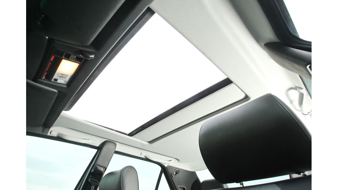 Mercedes-Benz E 500, Dachfenster, Himmel