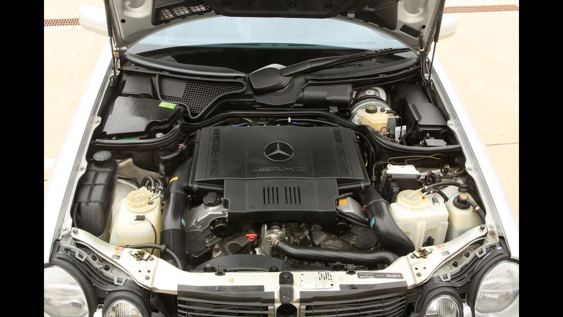 Mercedes-Benz E50 AMG, Motor