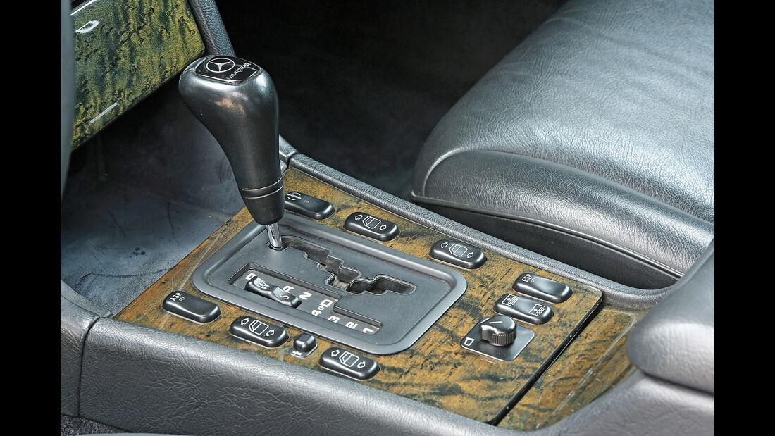 Mercedes-Benz E50 AMG, Schalthebel