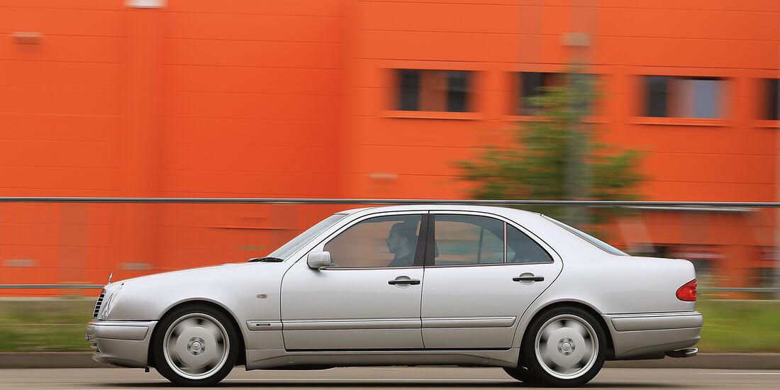 Mercedes-Benz E50 AMG, Seitenansicht