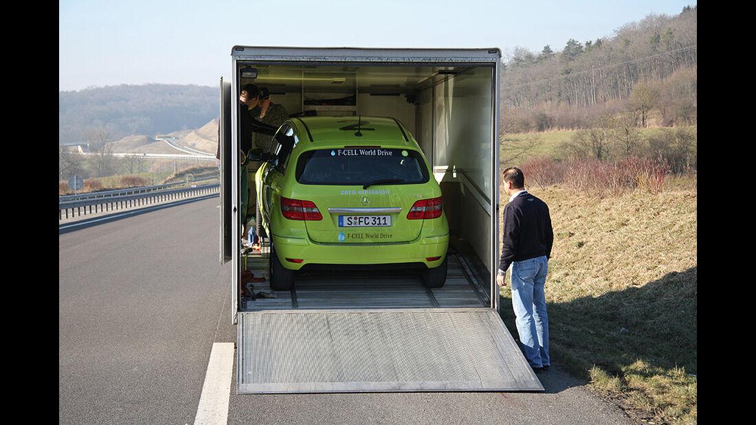 Mercedes-Benz F-Cell World Drive, Mercedes B-Klasse F-Cell, Abschlepper