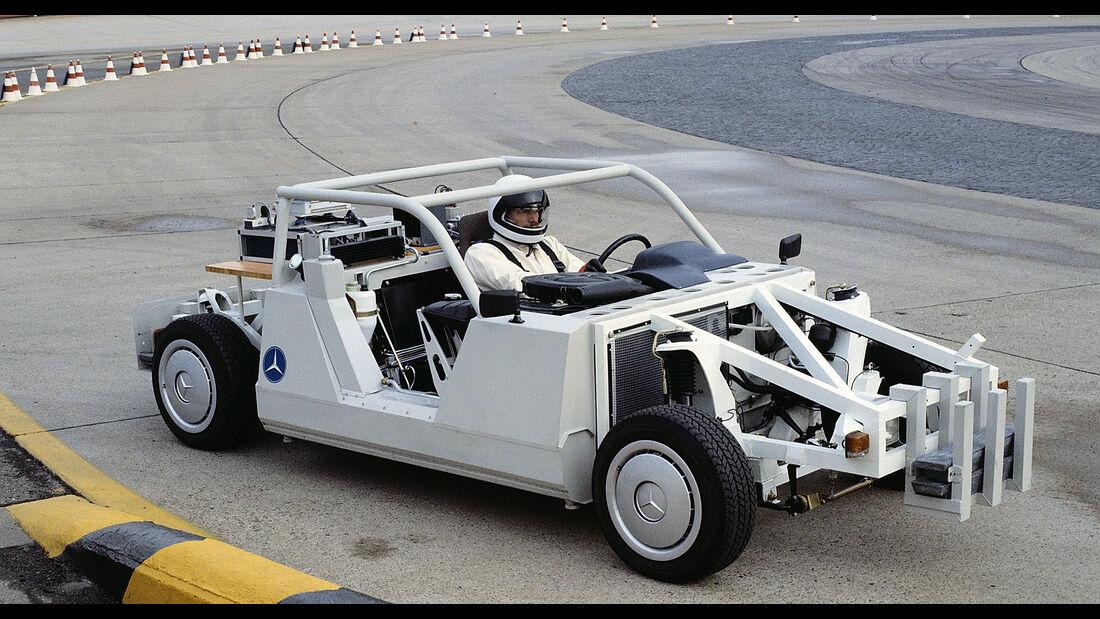 Mercedes-Benz Fahrversuch Raumlenker-Hinterachse