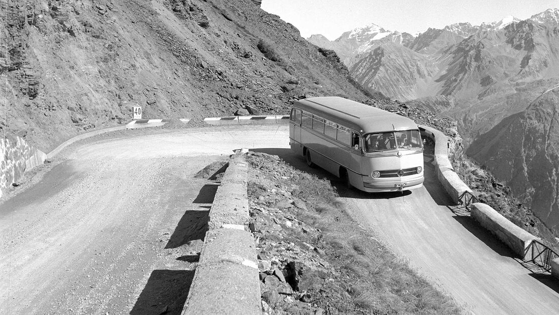 Mercedes-Benz Omnibus O321 HL Stilfser Joch (1954)