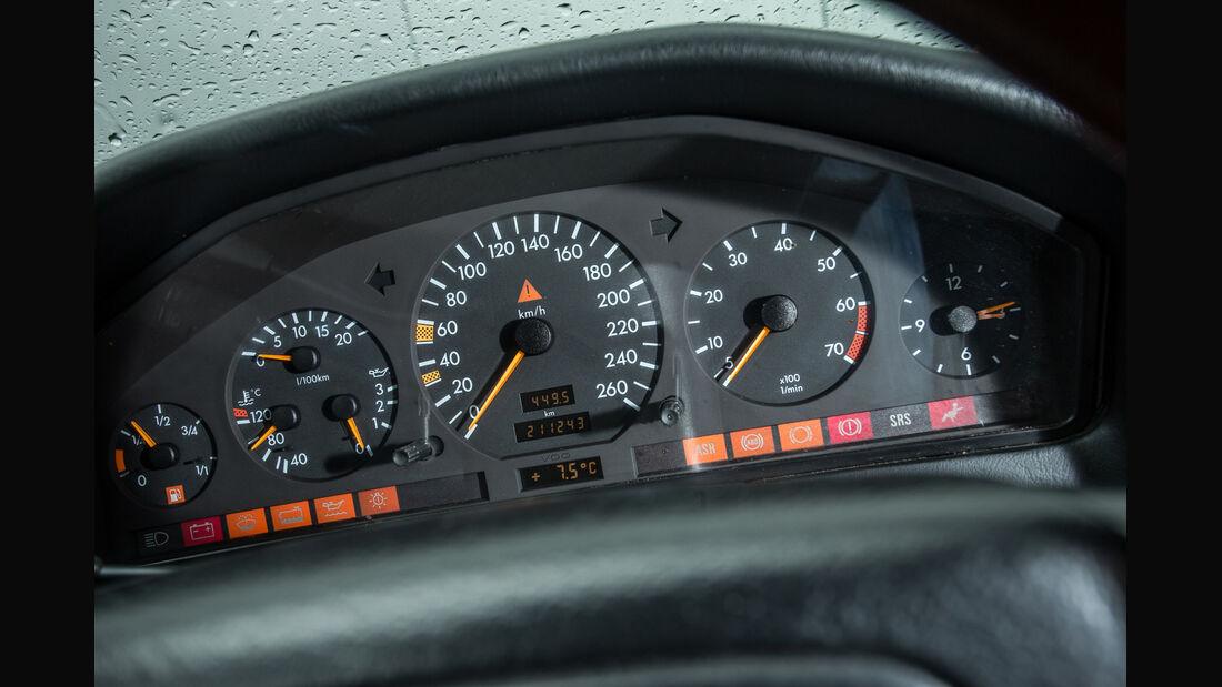 Mercedes-Benz S600, Rundinstrumente