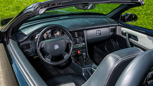 Mercedes-Benz SLK 32 AMG, Interieur