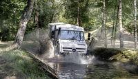 Mercedes-Benz Unimog U 5023, Interieur, OM 934 Euro VI mit 170 kW (231 PS), 5,1 L Hubraum, Getriebe UG 100/8, zuschaltbarer Allradantrieb, Doppelkabine