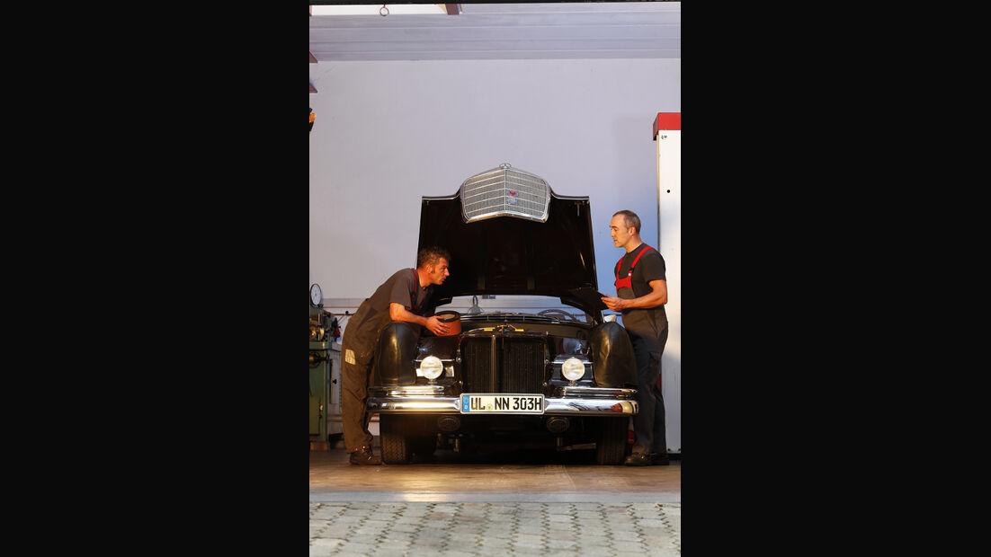 Mercedes-Benz W 111 Wartung