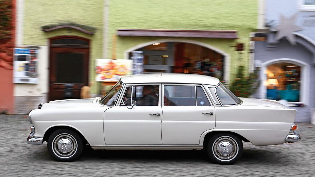 Mercedes-Benz W110, Seitenansicht