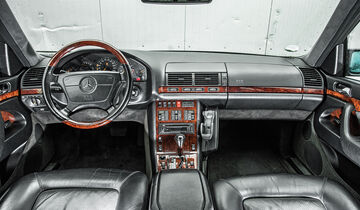 Mercedes-Benz W140, Cockpit