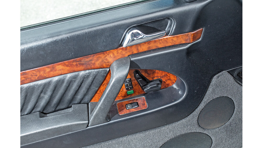 Mercedes-Benz W140, V8/V12, Türverstellung