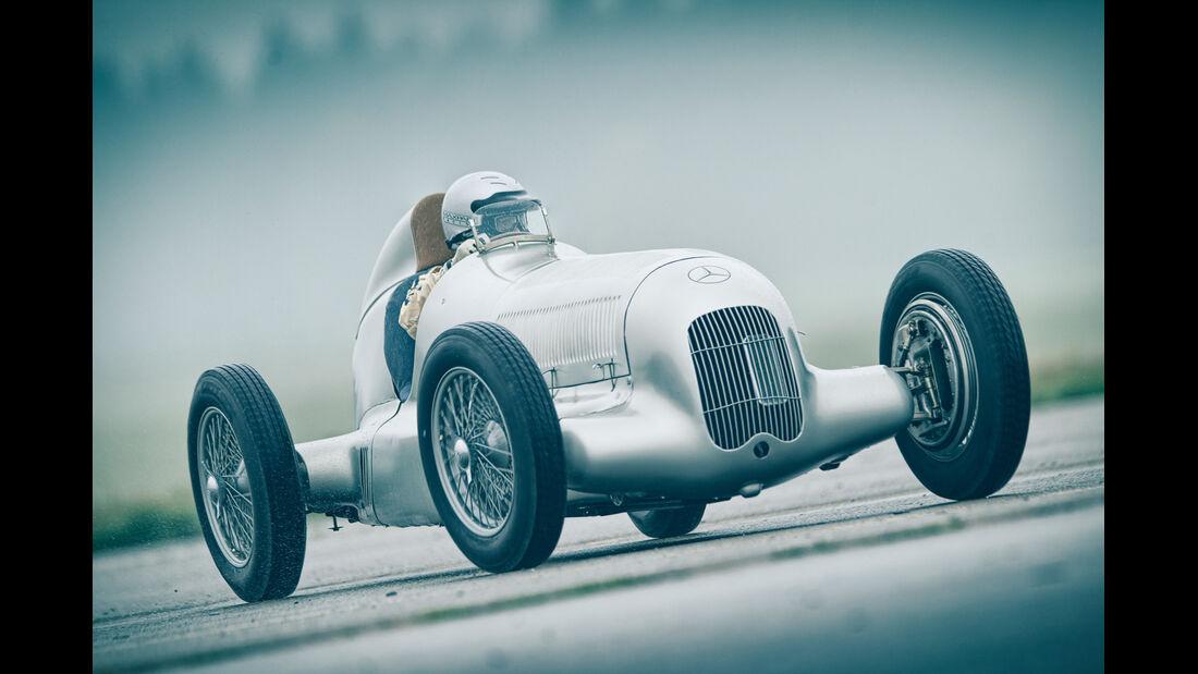 Mercedes-Benz W25, Silberpfeil, Frontansicht