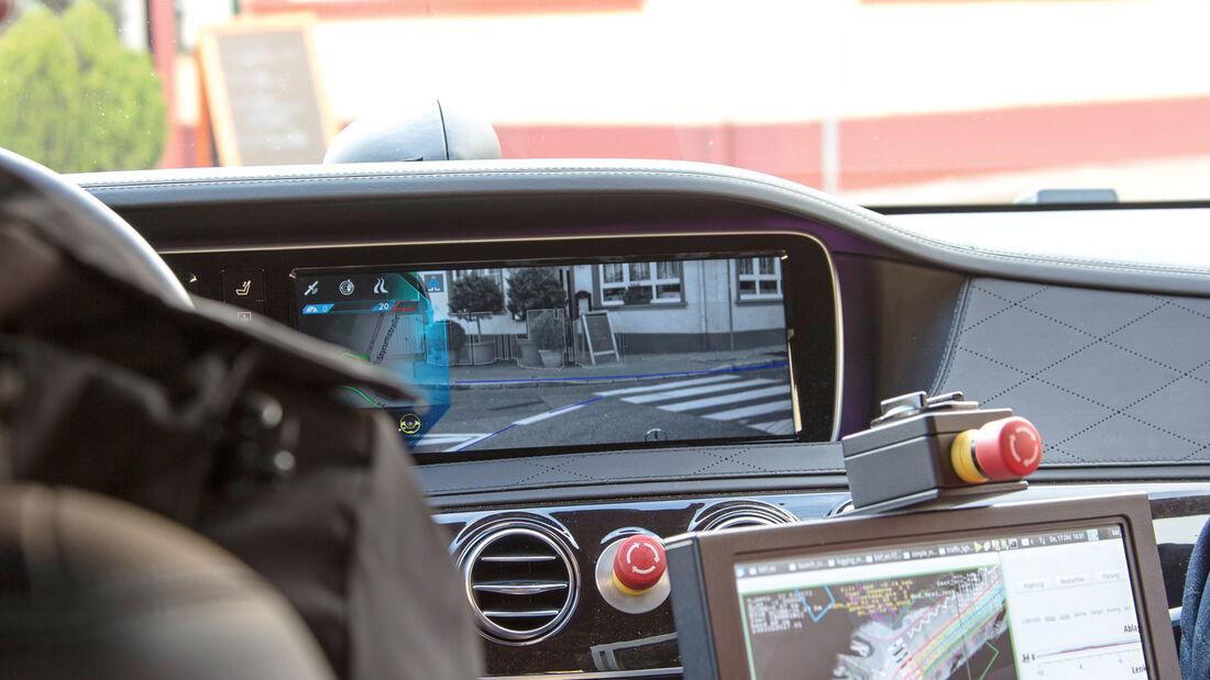 Mercedes, Bildschirm, Camera