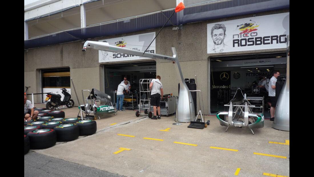 Mercedes Box GP Kanada 2011