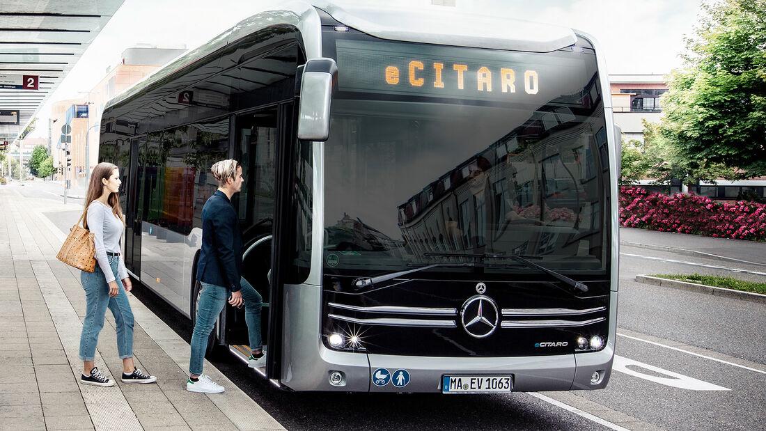 Mercedes-Bus