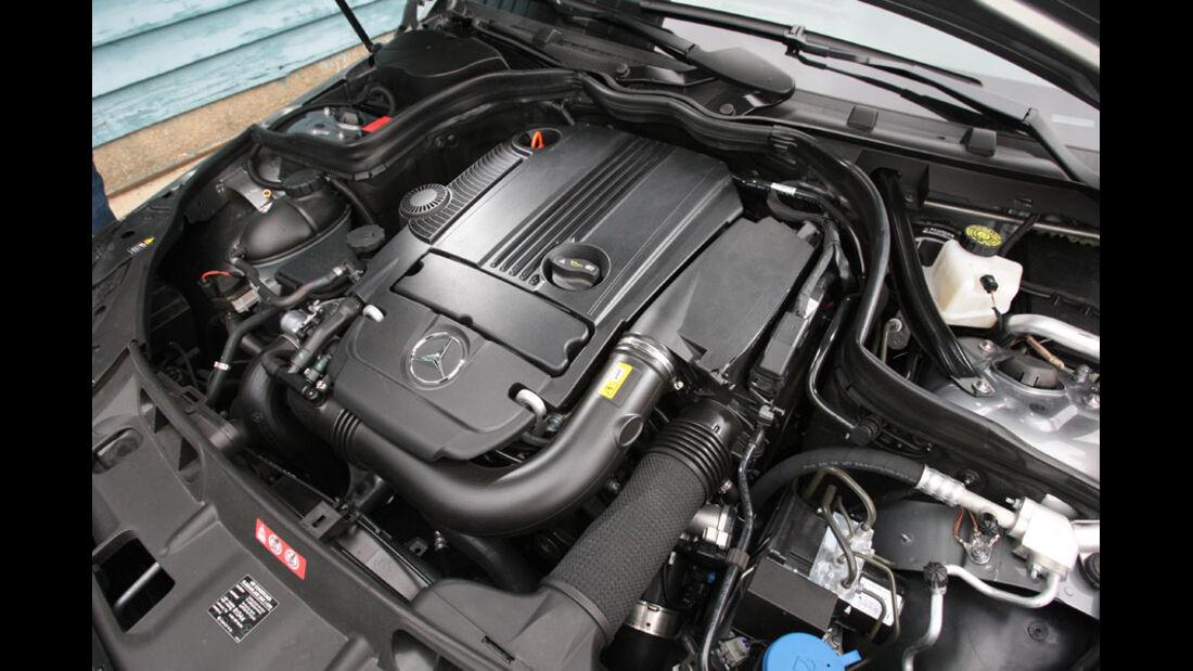 Mercedes C 180 CGI, Motor