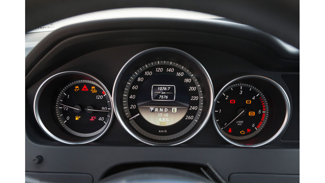 Mercedes C 200 CDI, Rundinstrumente