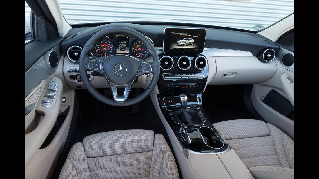 Mercedes C 200, Cockpit, Interieur
