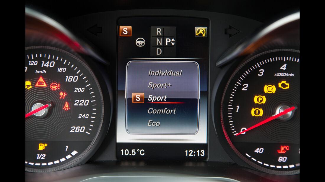 Mercedes C 200 T, Infotainment