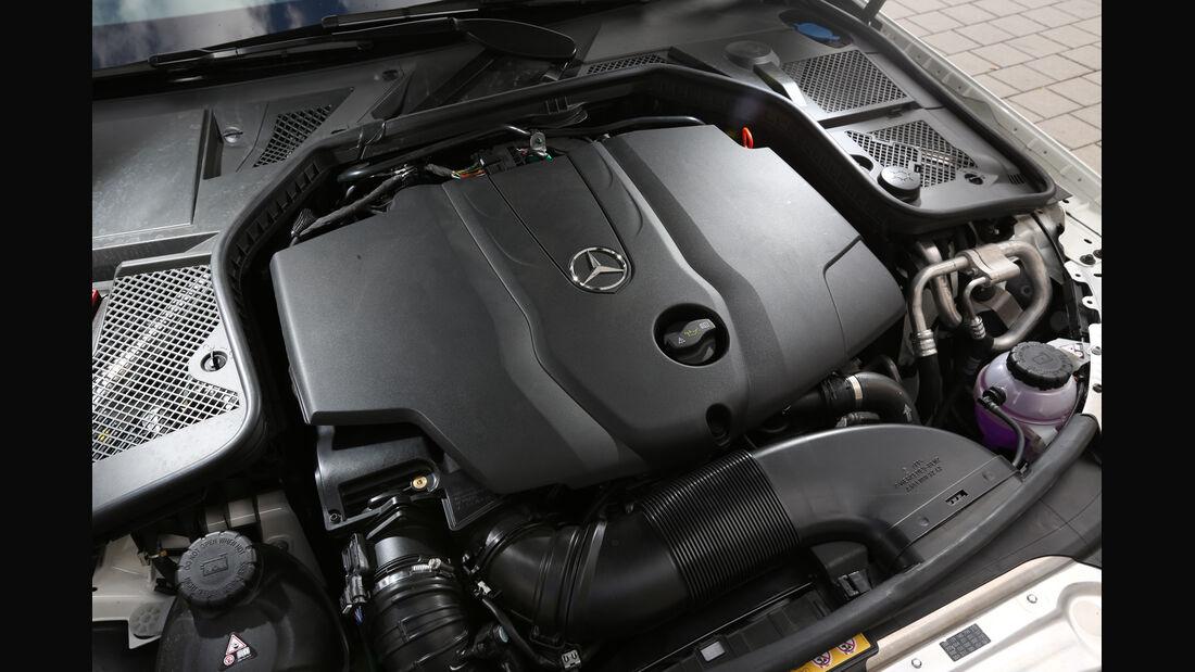 Mercedes C 220 Bluetec, Motor