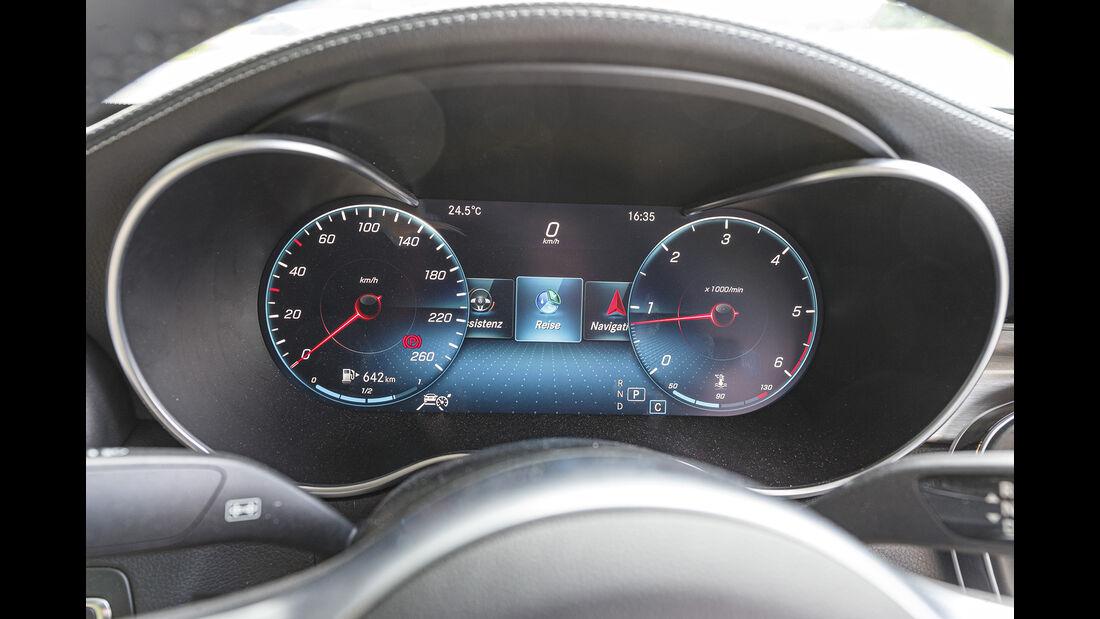 Mercedes C 220 d Cabrio, Instrumente