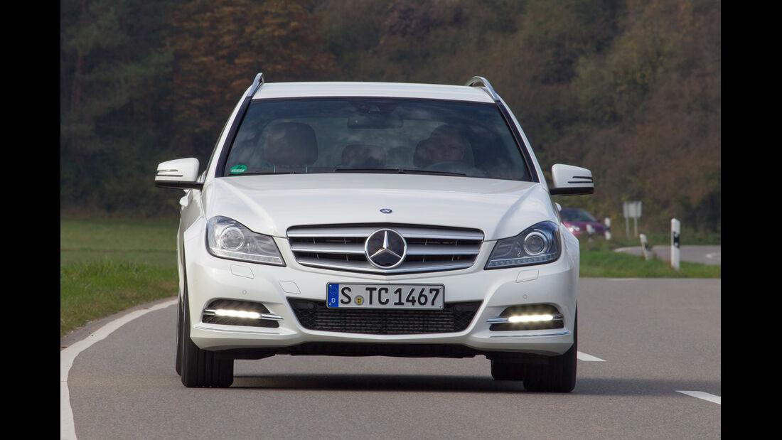 Mercedes C 250 T Avantgarde, Frontansicht, Kühlergrill