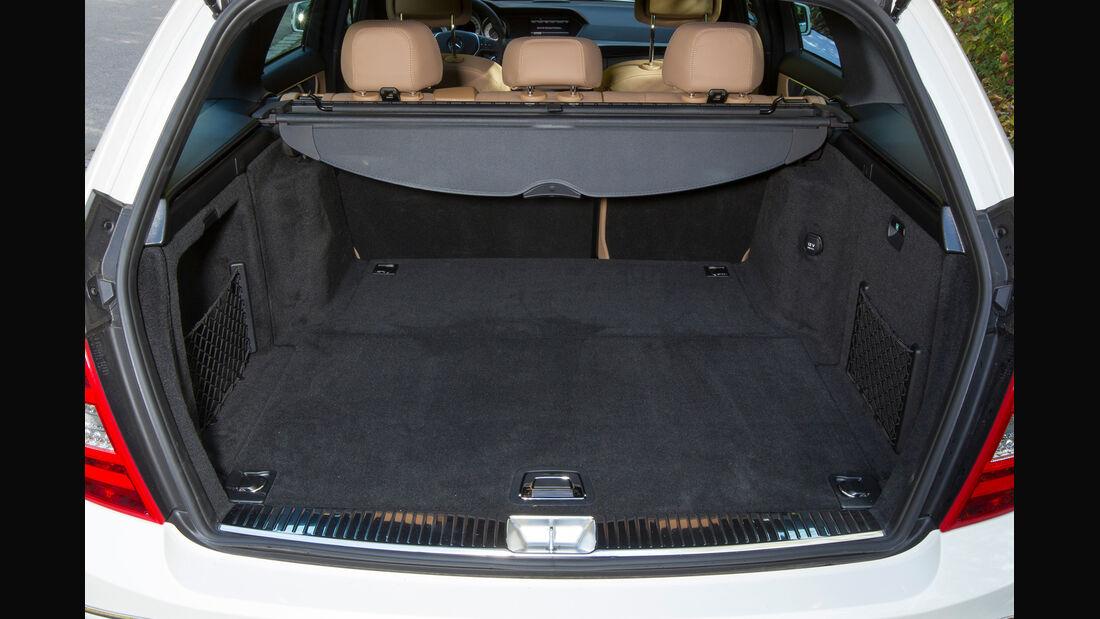 Mercedes C 250 T Avantgarde, Kofferraum, Ladefläche