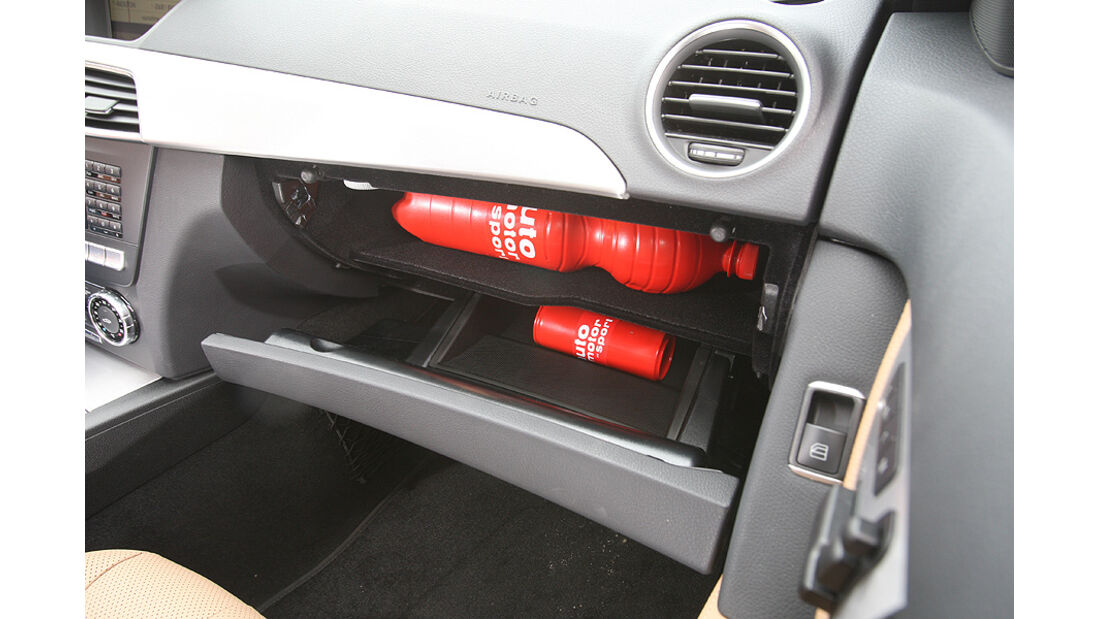 Mercedes C 250 T-Modell, Detail, Innenraum, Ablage