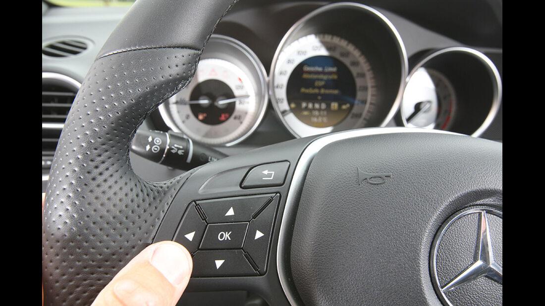 Mercedes C 250 T-Modell, Detail, Innenraum, Lenkrad