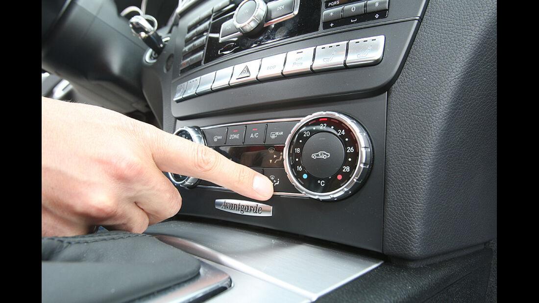Mercedes C 250 T-Modell, Detail, Innenraum, Radio