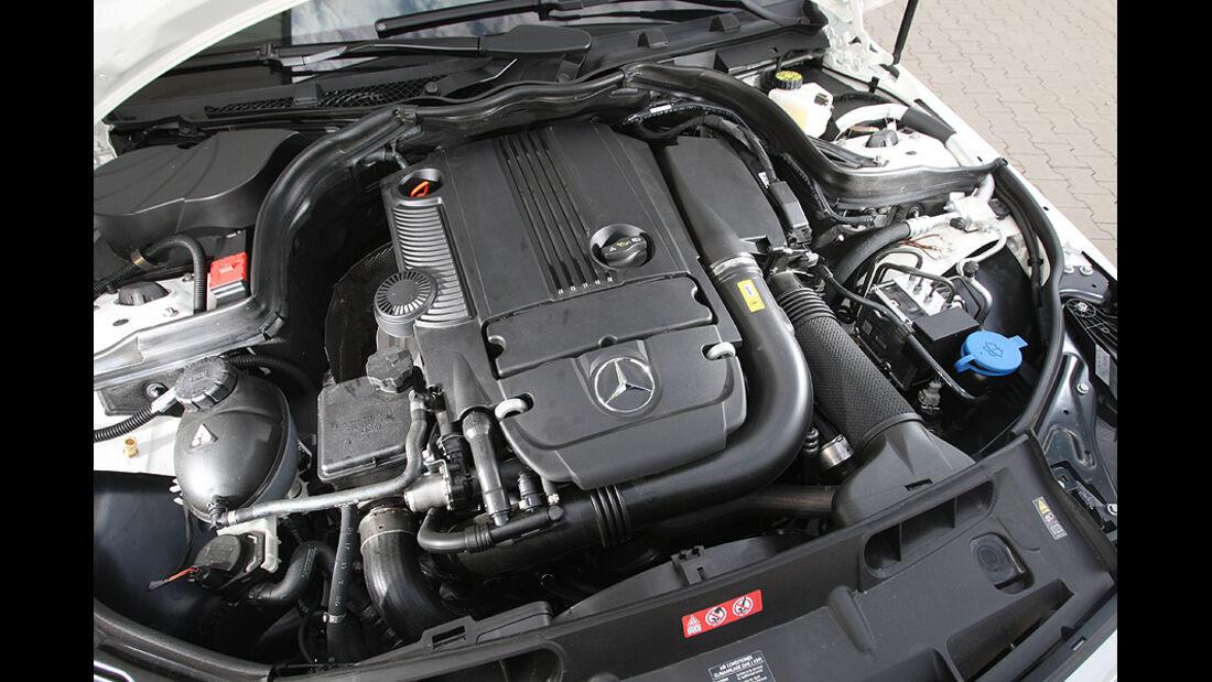 Mercedes C 250 T-Modell, Detail, Motor