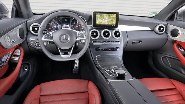 Mercedes C 250 d Coupé, Cockpit