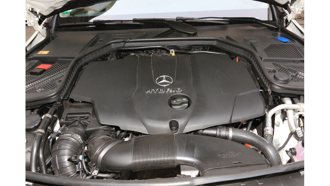 Mercedes C 300 Bluetec Hybrid, Motor