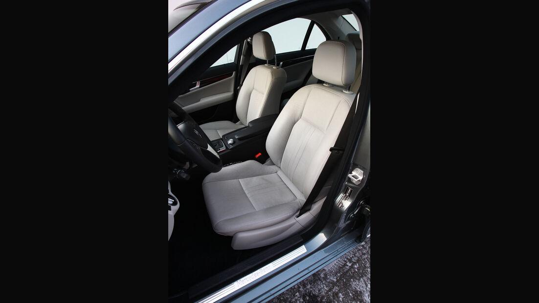 Mercedes C 350, Sitze