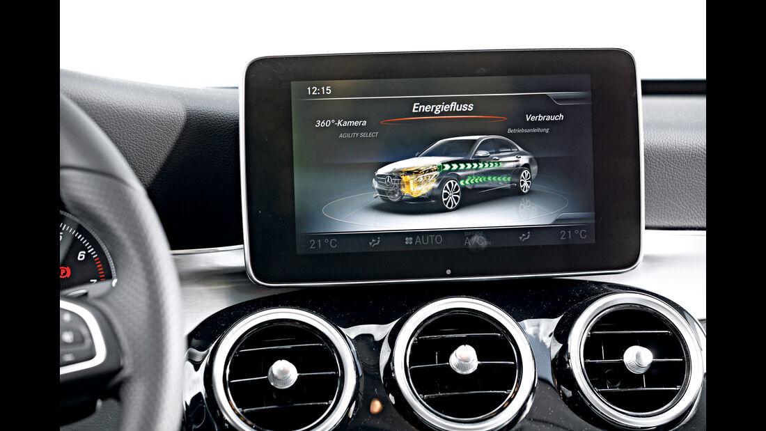 Mercedes C 350 e, Monitor, Infotainment