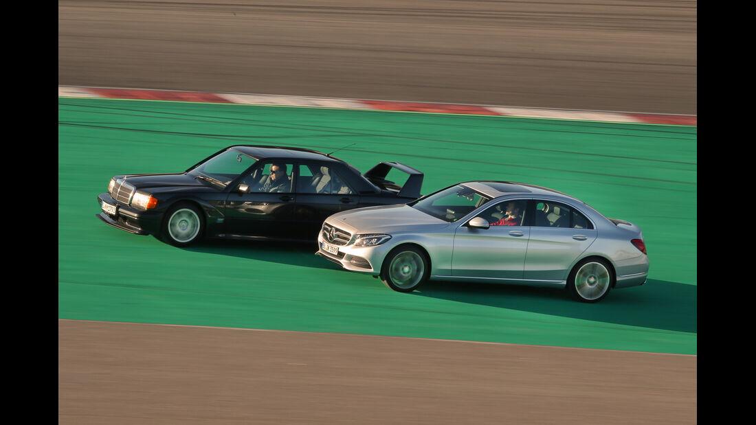 Mercedes C 350e und 190 E 2.5-16 Evo II, Seitenansicht
