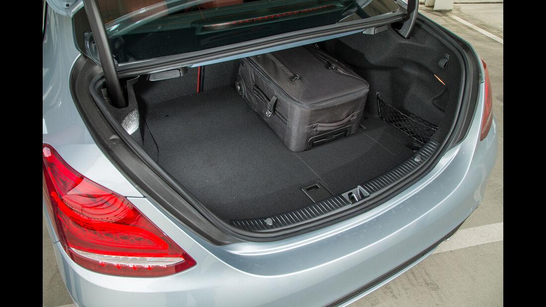 Mercedes C 400 4Matic, Kofferraum