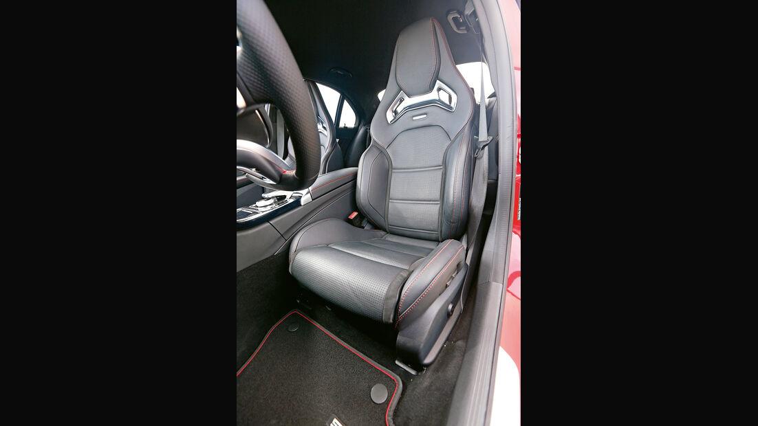 Mercedes C 450 AMG, Fahrersitz