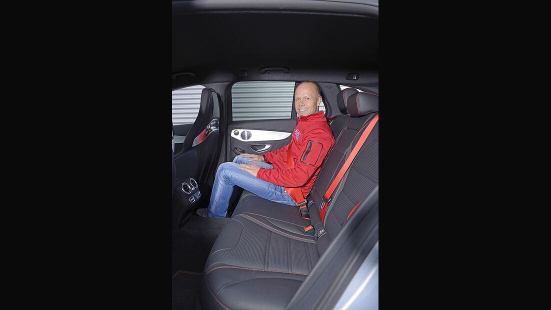 Mercedes C 450 AMG T-Modell, Fondsitz, Beinfreiheit
