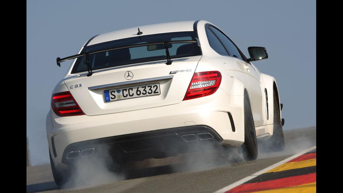 Mercedes C 63 AMG Black Series, Heck, rauchende Reifen