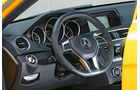 Mercedes C 63 AMG Coupé BS, Cockpit