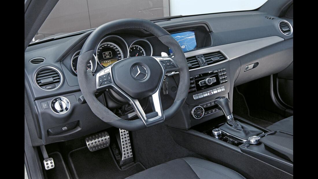 Mercedes C 63 AMG Coupé Performance Package, Cockpit, Lenkrad