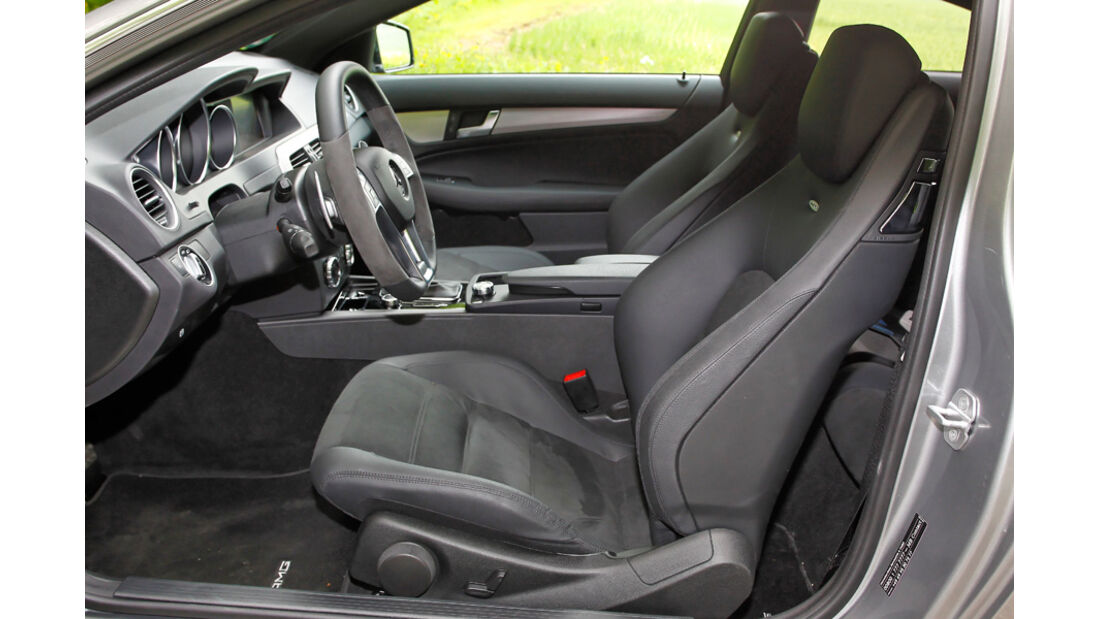 Mercedes C 63 AMG Coupe Performance Package, Fahrersitz