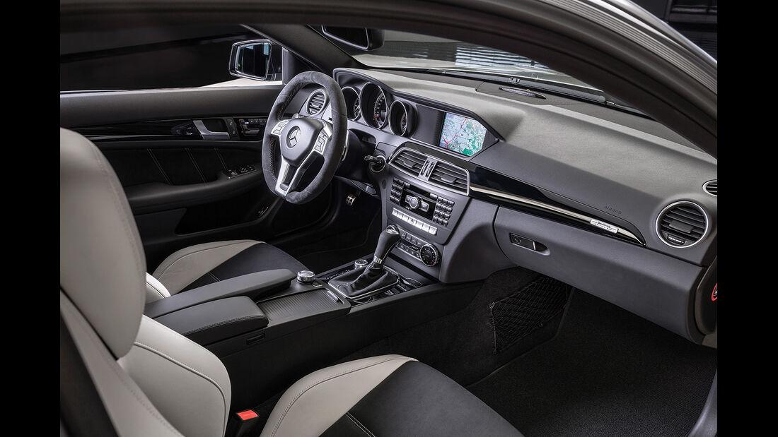 Mercedes C 63 AMG Edition 507, Innenraum, Cockpit