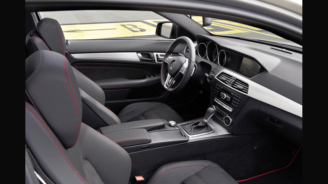 Mercedes C-Klasse C Coupé AMG Sportpaket Genf 2012
