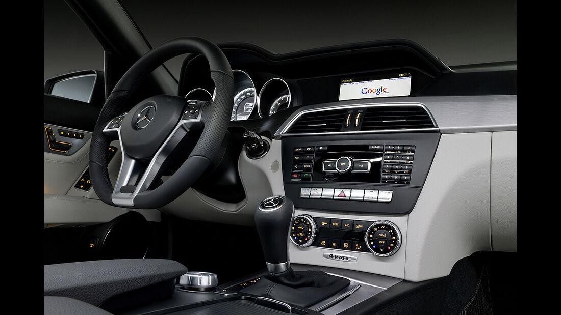Mercedes C-Klasse Facelift, Avantgarde, Innenraum, Cockpit