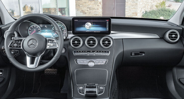 Mercedes C-Klasse Interieur Cockpit Facelift (2018) W205