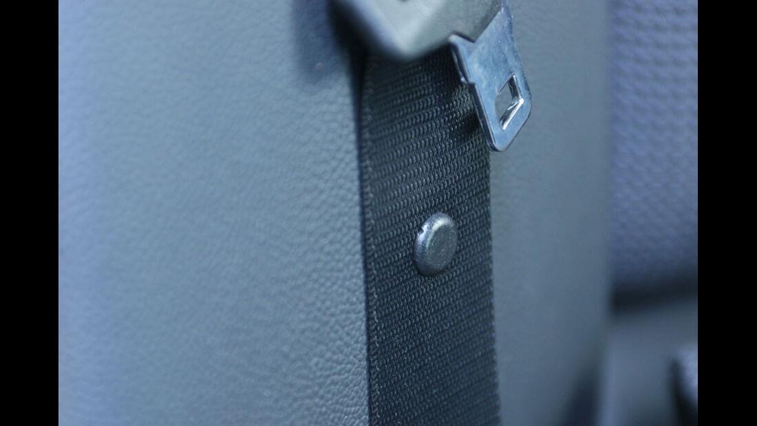 Mercedes C-Klasse, Sicherheitsgurt
